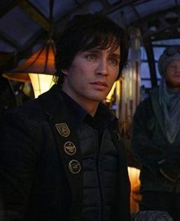 Tom Natsworthy Mortal Engines Long Coat