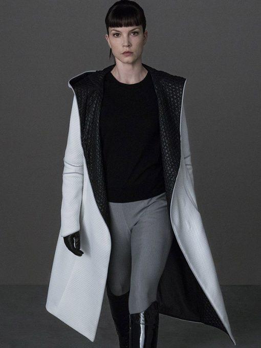 Sylvia Hoeks Blade Runner 2049 White Coat