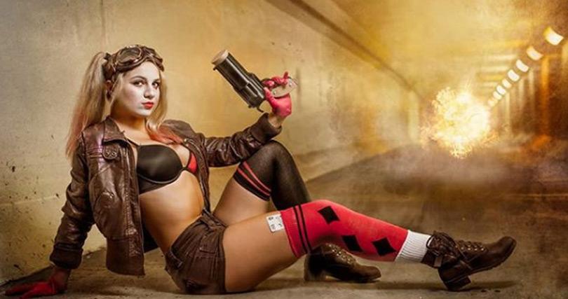 Harley Quinn Bombshell Cosplay