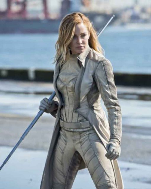 Caity Lotz Legends Of Tomorrow S01Ep16 Sara Lance Trench Coat