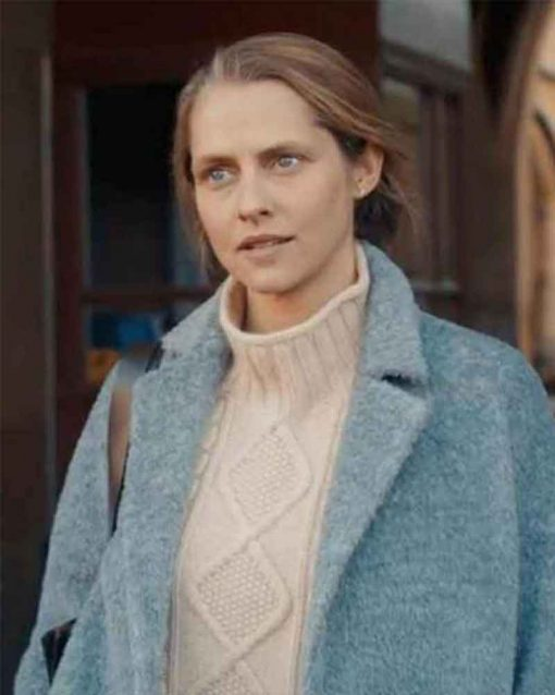 A Discovery of Witches Teresa Palmer Trench Diana Bishop Coat