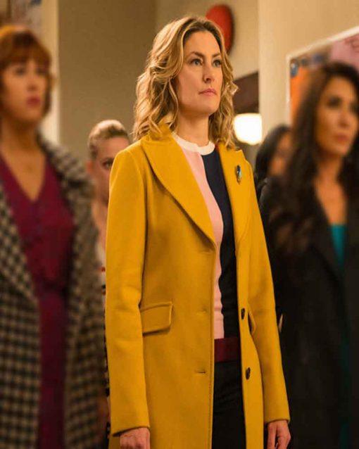Riverdale Mädchen Amick Alice Cooper Yellow Coat