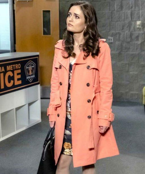 Matchmaker Mysteries: A Fatal Romance Angie Dove Orange Coat