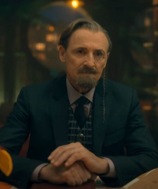 Colm Feore The Umbrella Academy S02 Sir Reginald Hargreeves Blazer