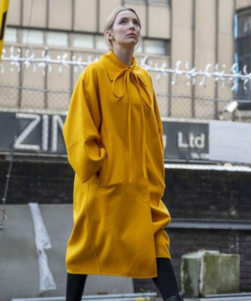 Villanelle Killing Eve S03 Yellow Coat