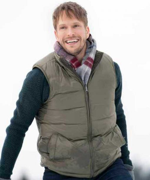 Christmas on the Vine Jon Cor Cotton Vest