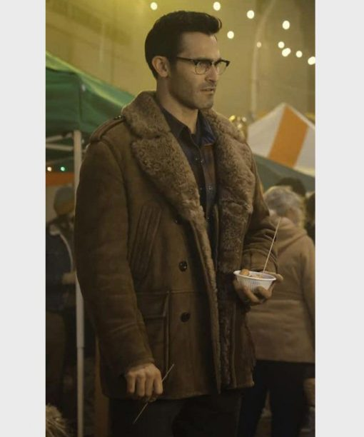Superman and Lois Tyler Hoechlin Brown Shearling Leather Coat